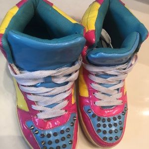 Pink Yellow & Blue Multicolor Spike Sneakers